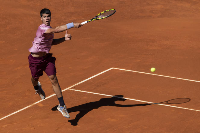 Carlos Alcaraz during the Madrid tennis tournament on May 5, 2021.